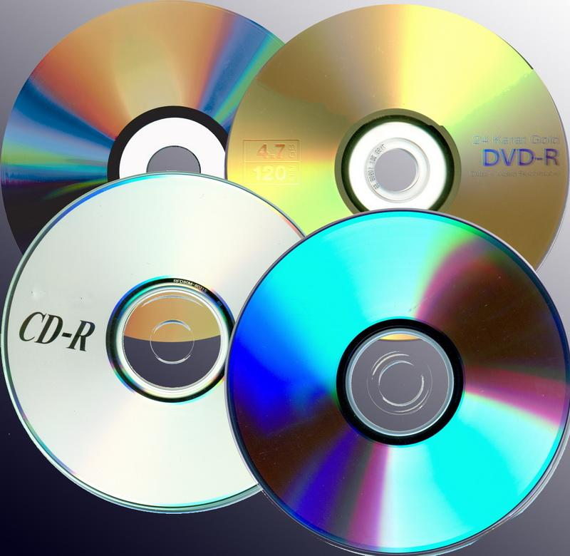 Making sense of CDs and DVDs: R vs. RW, + vs. - and x.
